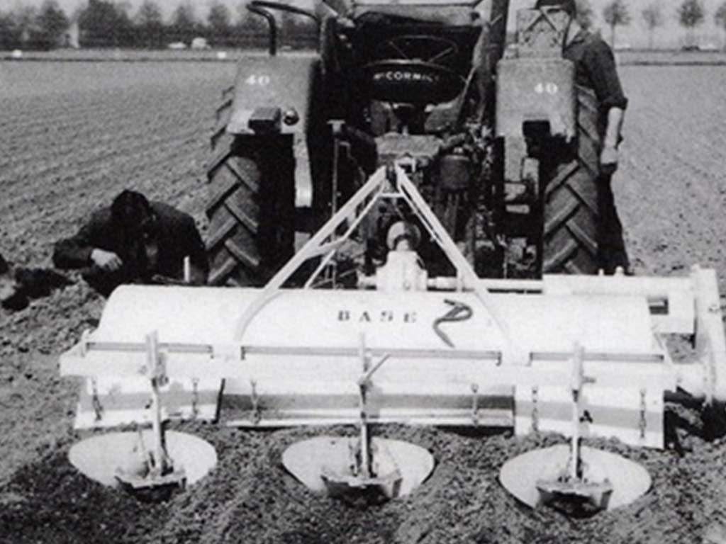 1962 | Erste Baselier Reihenfräse. Typ F.