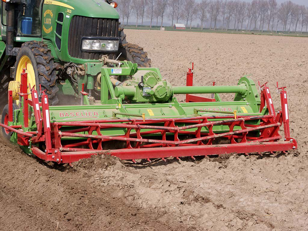 2004 | Baselier Front Cultivator.  Type FF.