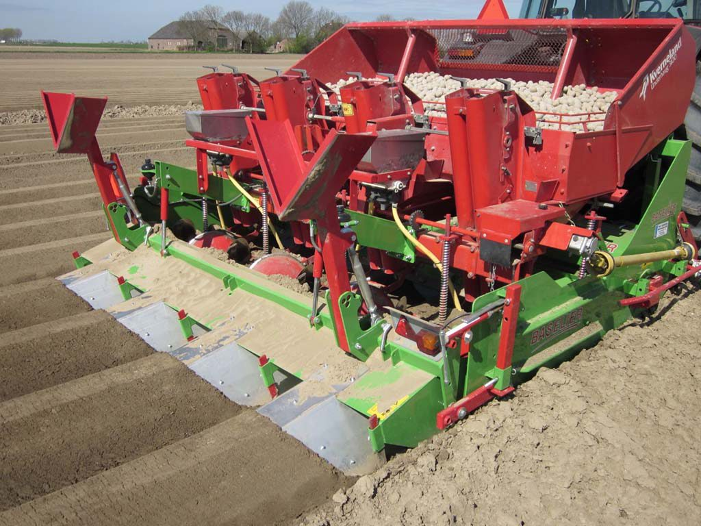 2011 | Baselier Cultivator-Potato-Planter. Type FA.